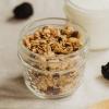 Granola aux amandes et canneberges