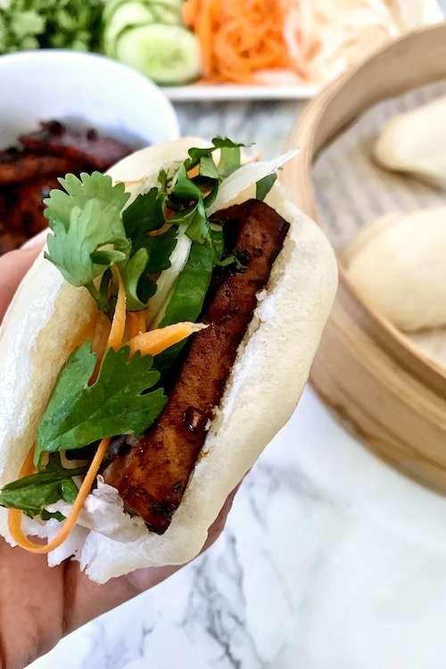 Bao buns au tofu caramélisé vegan