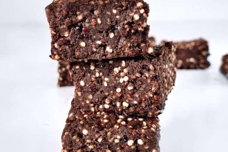 Carrés au quinoa soufflé et chocolat