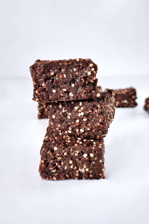 Carrés au quinoa soufflé et chocolat vegan