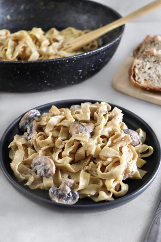 Pâtes crémeuses aux champignons vegan