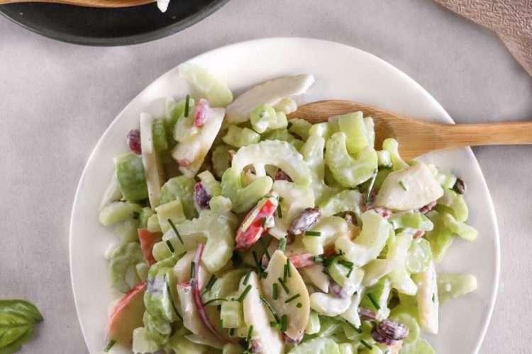 Salade crémeuse de celeri et pommes vegan